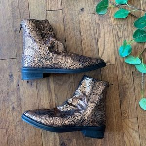 Free people snakeskin print gold shimmer boots